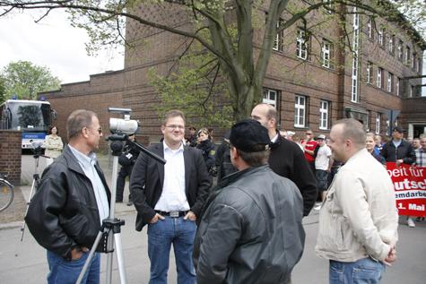 ... im Gespräch u.a. mit Holger Apfel und Andreas Storr