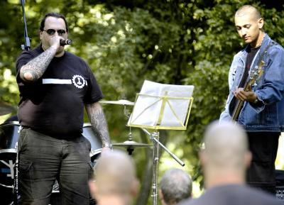 """Naziband \""""T.H.O.R.\"""" beim \""""Rock für Deutschland\"""" 2003"""